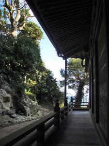 飯縄神社横